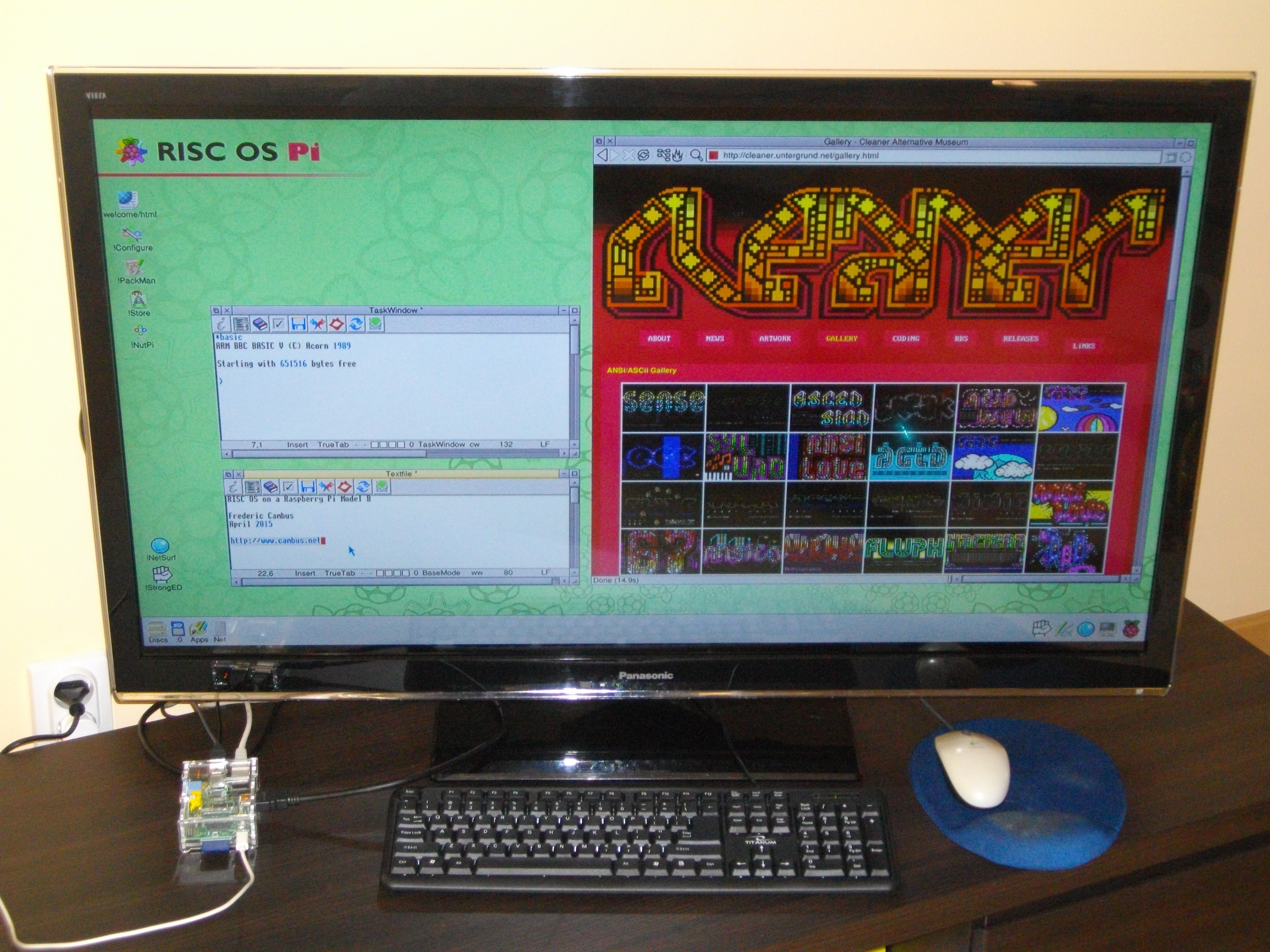 RISC OS in full glory on a 42 inches Panasonic TV in 1080p